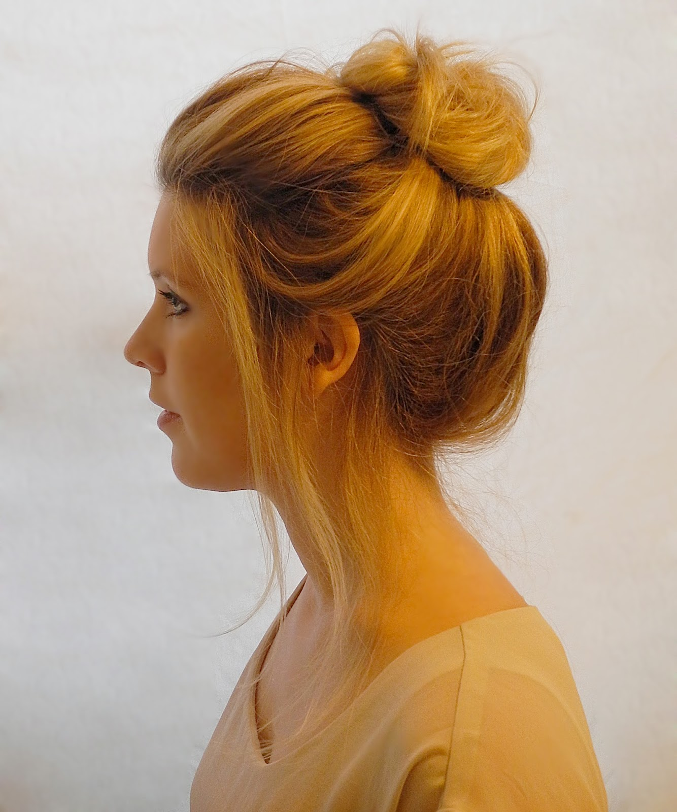 Top 10 Popular Bun Hairstyles Tutorial Trends