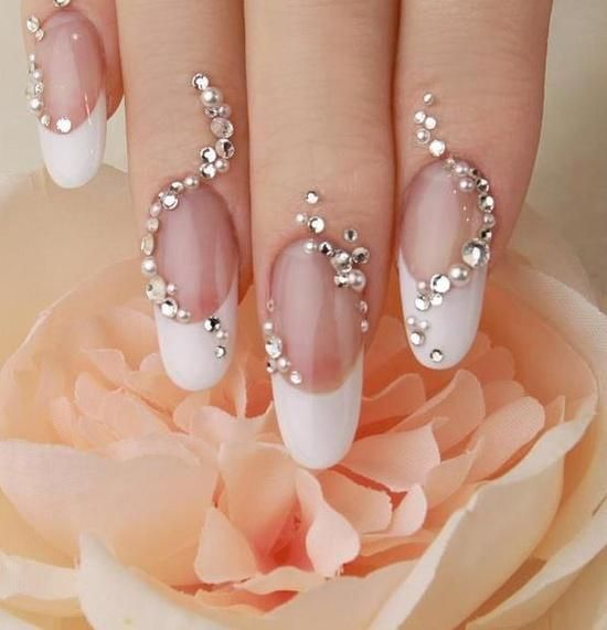 how-to-do-a-rhinestones-nail-art (13)