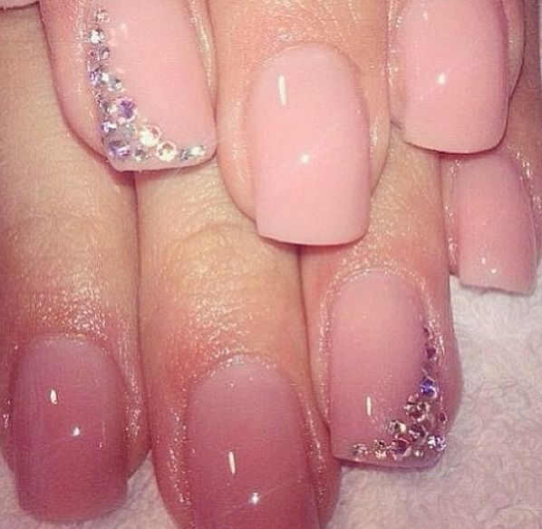 how-to-do-a-rhinestones-nail-art (28)
