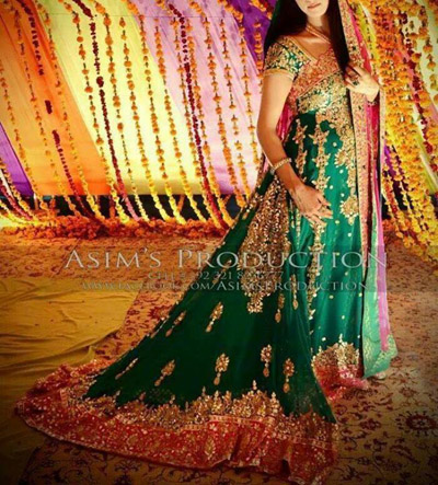 Pakistani Mehndi Dresses for Wedding 2015