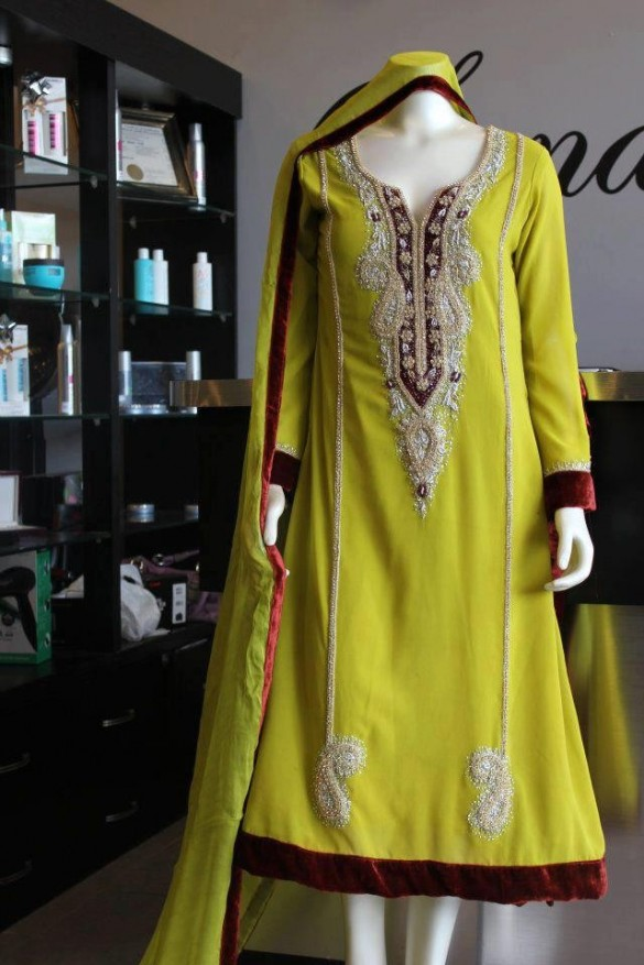 Best Mehndi Dresses Designs Collection for Girls 2015-2016 (29)