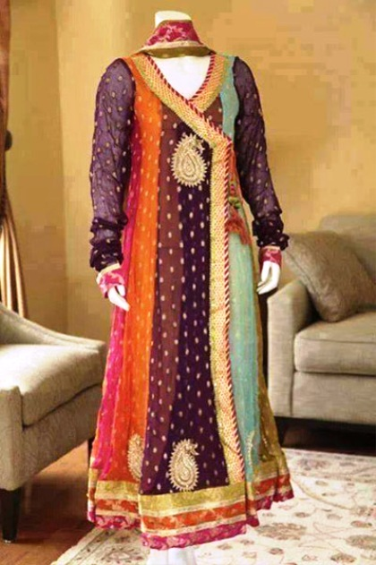 Best Mehndi Dresses Designs Collection for Girls 2015-2016 (3)
