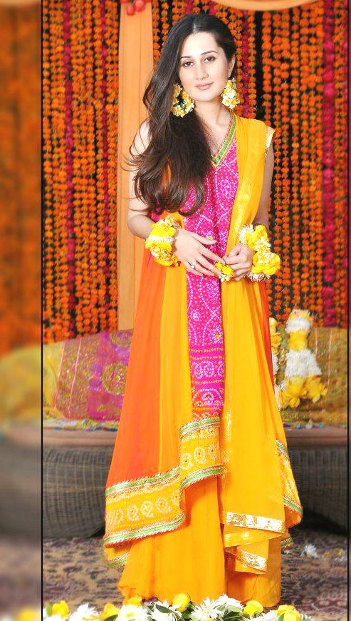 Best mehndi dresses designs collection for girls 2015 2016 37