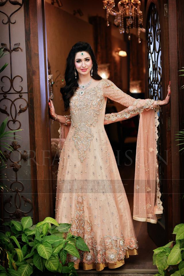 948b9ec12b0 Latest Bridal Gowns Trends   Designs Collection 2019-2020