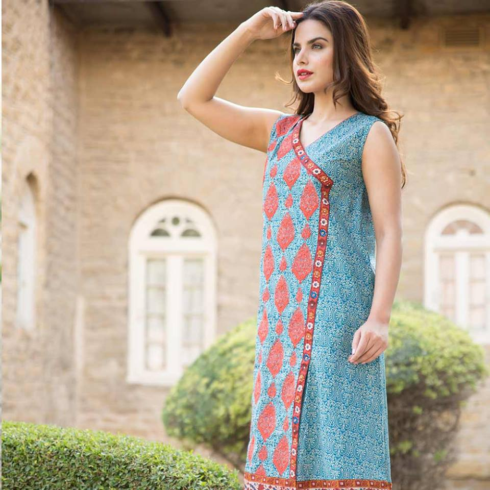 Latest Trends of Summer Lawn Kurtis Designs Collection for Women 2015-2016 (13)