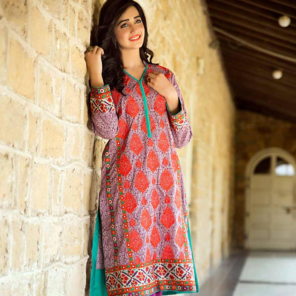 Latest Trends of Summer Lawn Kurtis Designs Collection for Women 2015-2016 (19)