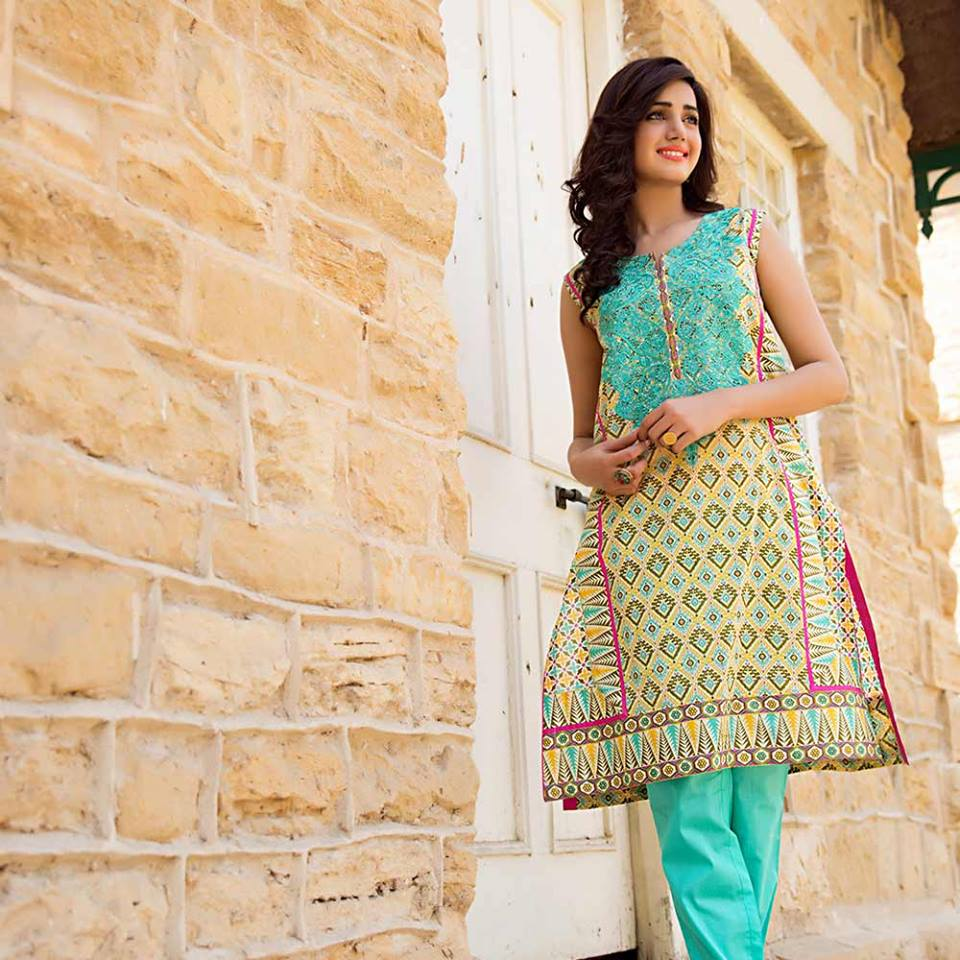 Latest Trends of Summer Lawn Kurtis Designs Collection for Women 2015-2016 (8)