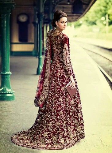 997a9d1da5 Pakistani & Indian Fashion Bridal Wedding Gowns Designs Collection  2015-2016 (14)
