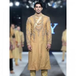 9007ee3c85 HASSAN SHEHYAR YASIN (HSY) MEN KURTA DESIGNS. Latest Men Wedding Dresses ...