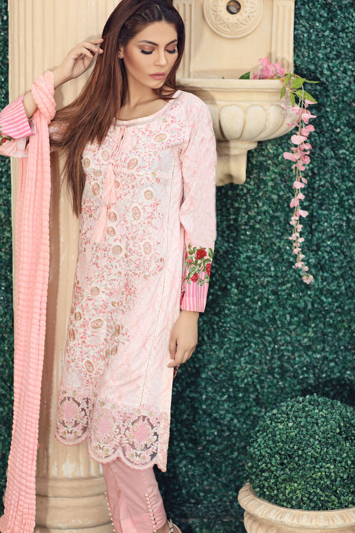 Origins Fancy Dresses Eid Festive Collection 2016-2017 for Girls (10)