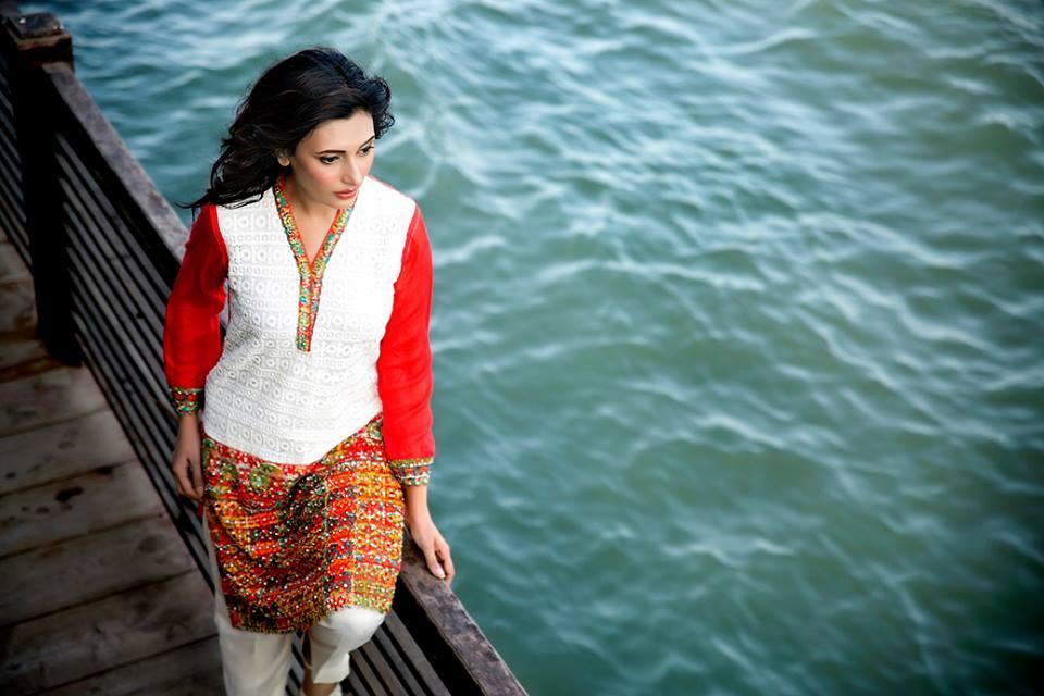 Zainab Hasan Chantilly De Lace Eid Formal Dresses Collection 2015-2016 (10)