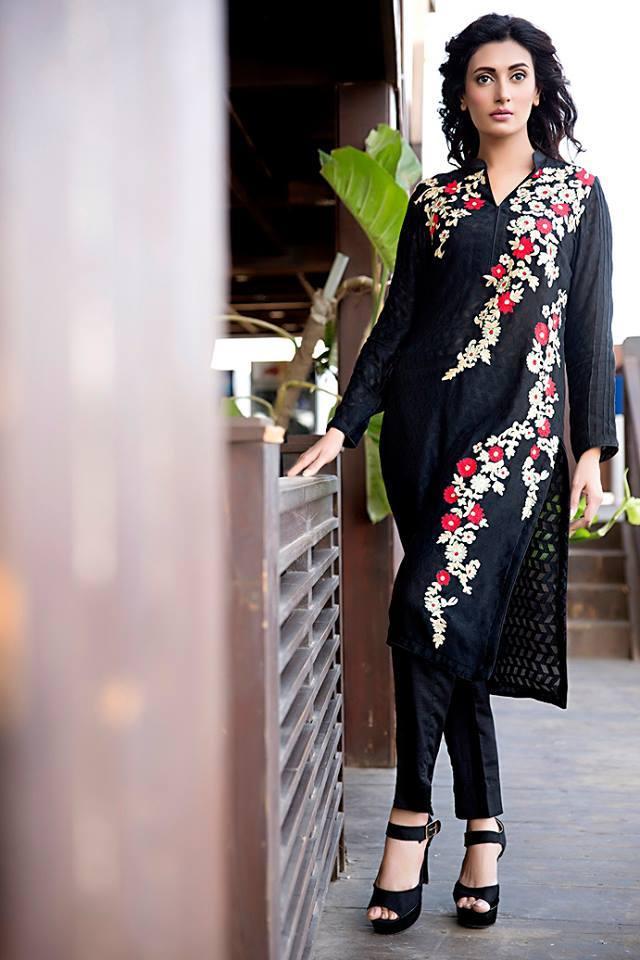 Zainab Hasan Chantilly De Lace Eid Formal Dresses Collection 2015-2016 (14)