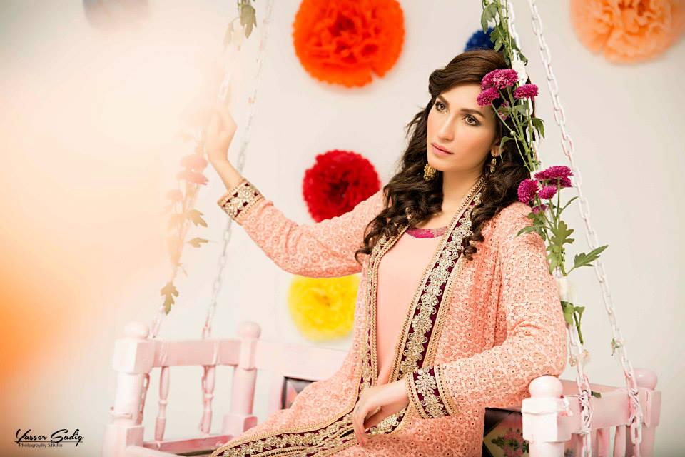 Zainab Hasan Chantilly De Lace Eid Formal Dresses Collection 2015-2016 (23)