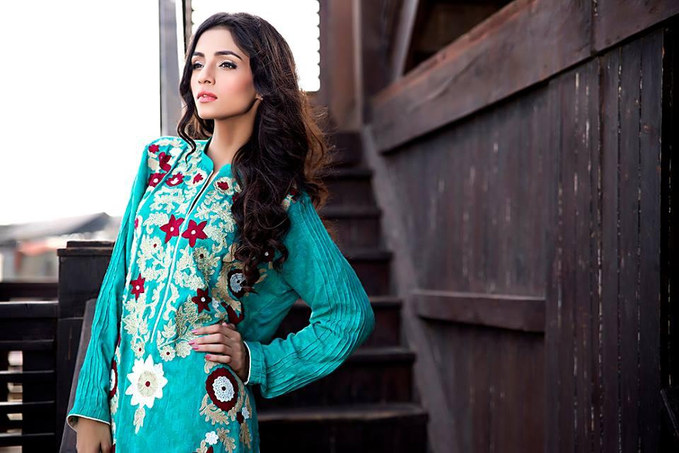 Zainab Hasan Chantilly De Lace Eid Formal Dresses Collection 2015-2016 (28)