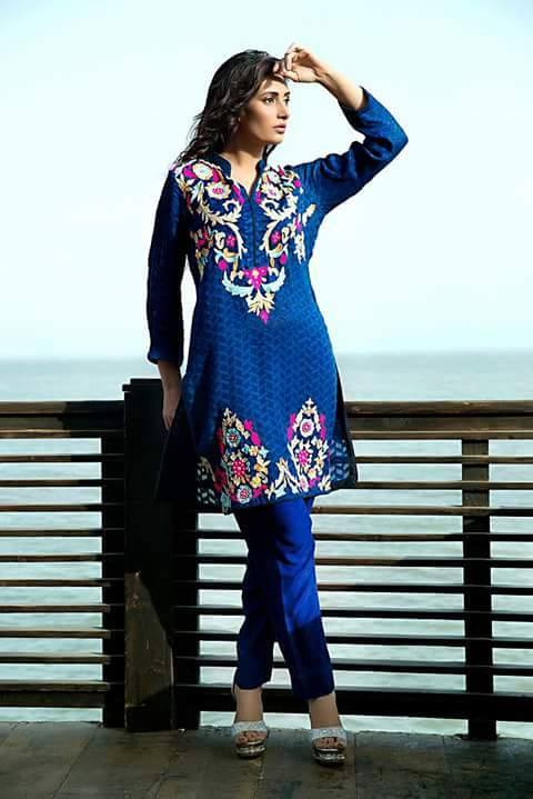 Zainab Hasan Chantilly De Lace Eid Formal Dresses Collection 2015-2016 (4)