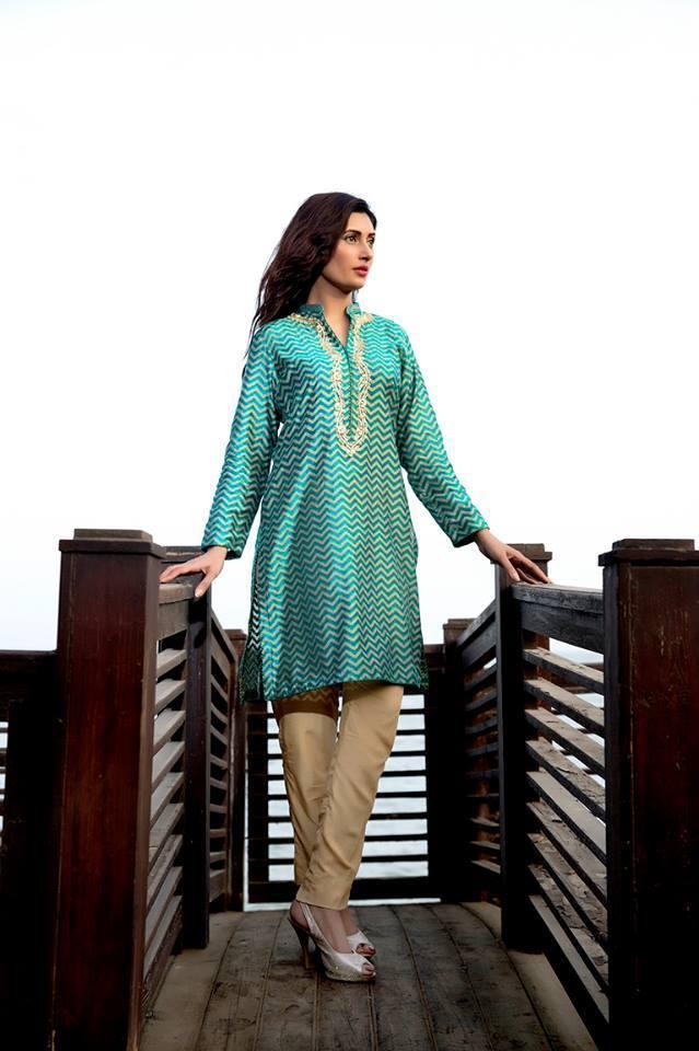 Zainab Hasan Chantilly De Lace Eid Formal Dresses Collection 2015-2016 (7)