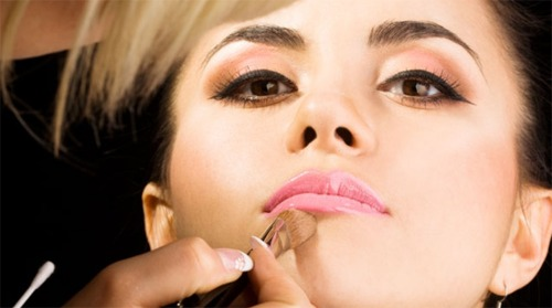 Basic Bridal Makeup Tips & Ideas that every Bridal Must Know - Expert Advice (1)