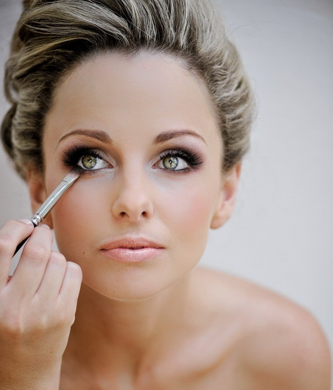Basic Bridal Makeup Tips & Ideas that every Bridal Must Know - Expert Advice (18)