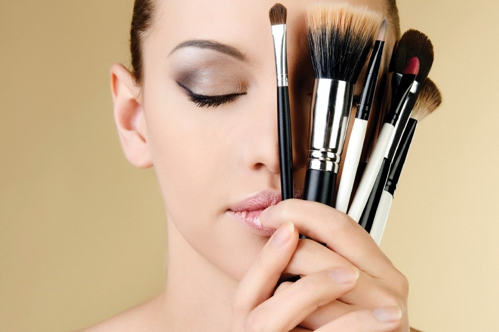 Basic Bridal Makeup Tips & Ideas that every Bridal Must Know - Expert Advice (5)