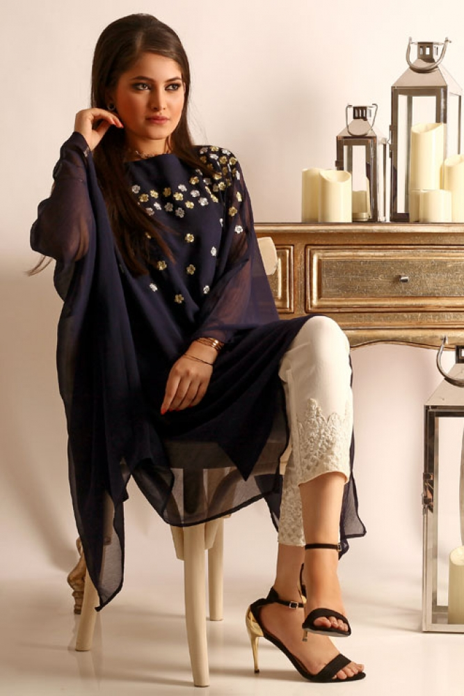 Change Ladies Summer Formal Dresses Kurta Styles & Designs (4)