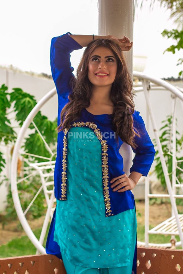 Colourful Stylish Kurta Dresses for Women (2)