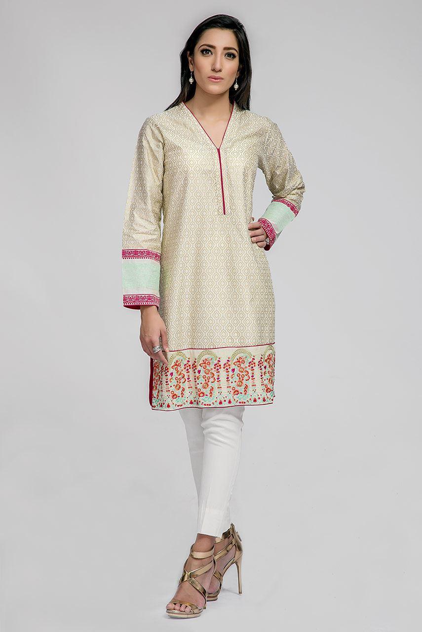 Deepak Perwani Stunning Eid Dresses 2016-2017 for Men & Women collection (14)