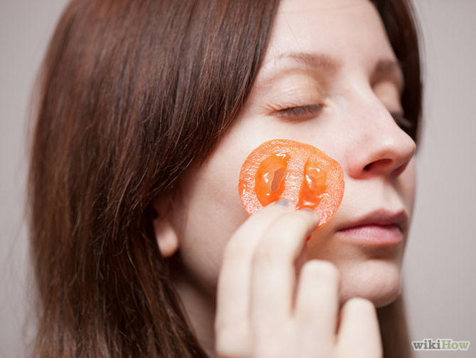 applting tomatoes to pimples