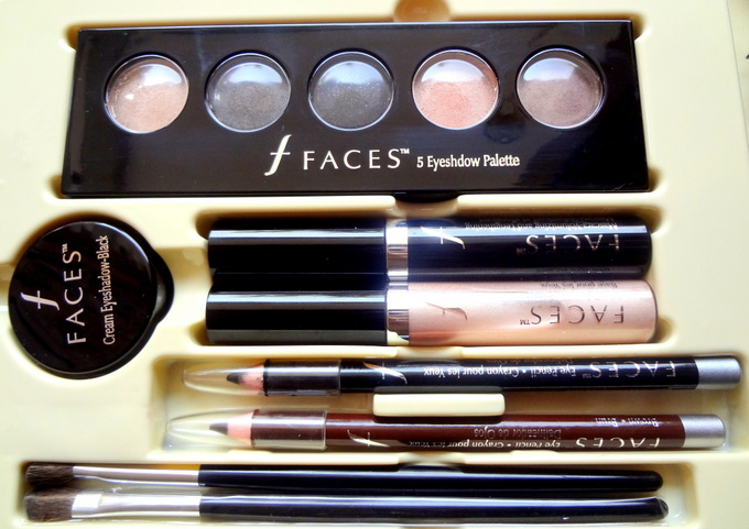 5 Must Have Makeup Items in Your Bag- Every Girl Should Know (6)