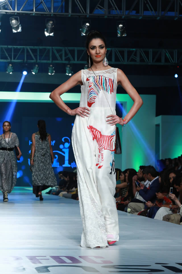 House of Arslan Iqbal Latets Collection at sunsilk fashion week 2015 (1)