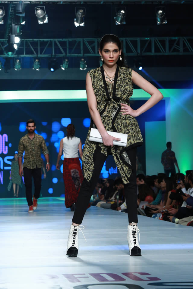 House of Arslan Iqbal Latets Collection at sunsilk fashion week 2015 (2)