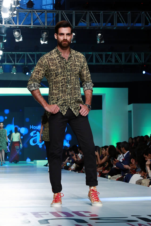 House of Arslan Iqbal Latets Collection at sunsilk fashion week 2015 (4)