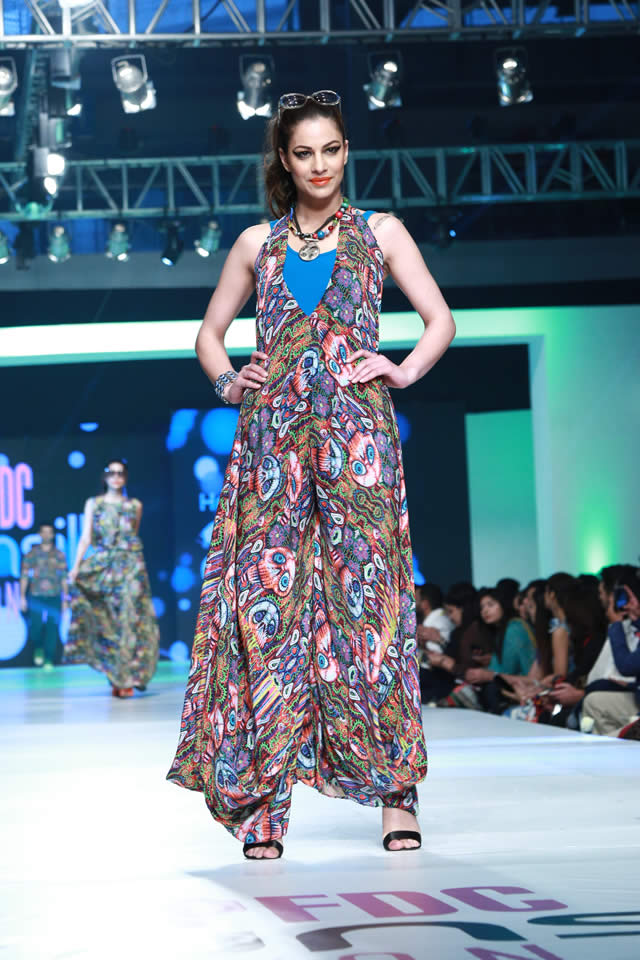 House of Arslan Iqbal Latets Collection at sunsilk fashion week 2015 (6)