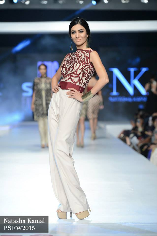 Natasha Kamal Latest Collection at Sunsilk Fashion week 2015 (4)