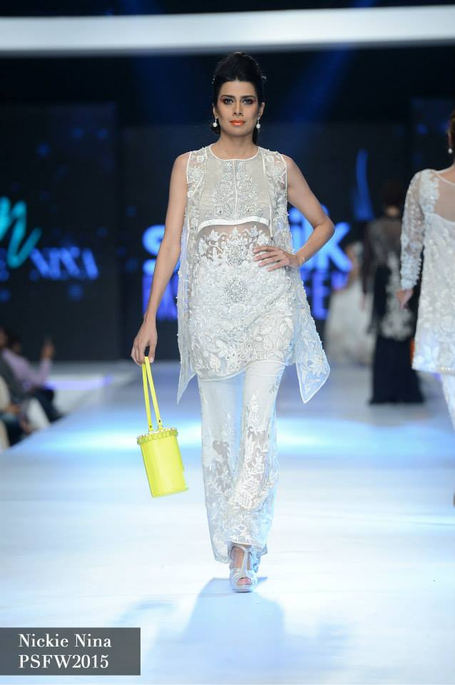 Nickie Naina Collection at sunsilk fashion week 2015-2016 (5)