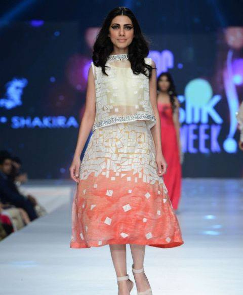 Saira Shakira Collection at sunsilk fashion week 2015-2016 (1)