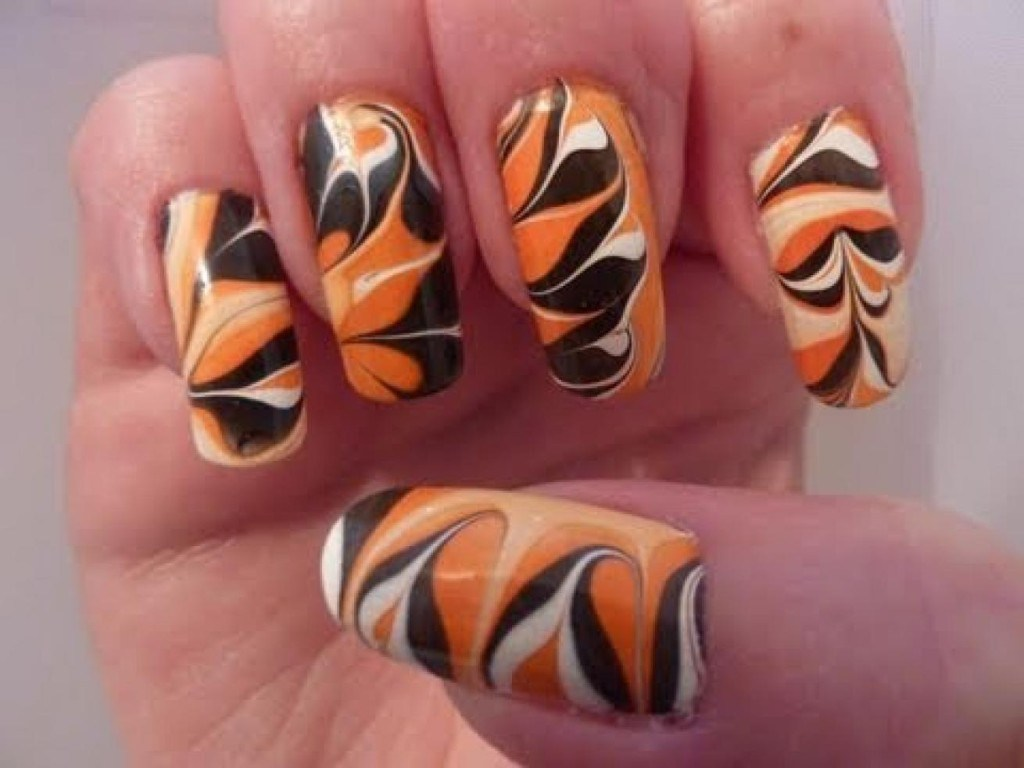 Magnificent Water Marble Nail Art On Real Nails Picture Elaboration ...