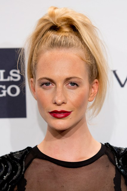 best-pontail-hairstyles-for-short-hair-2015 (7)