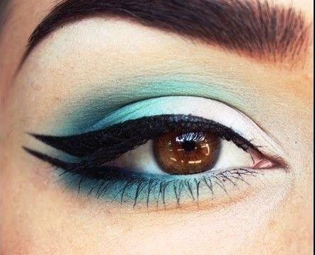 fishtail eyeliner styles