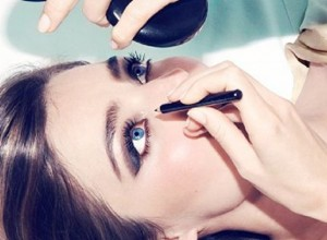 Top 7 Best Eyeliner Styles & Shapes To Make Eyes Bigger