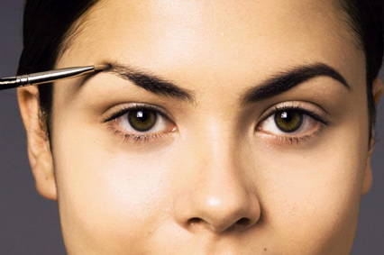 how to shape your eyebrows perfectly at home by yourself (5)