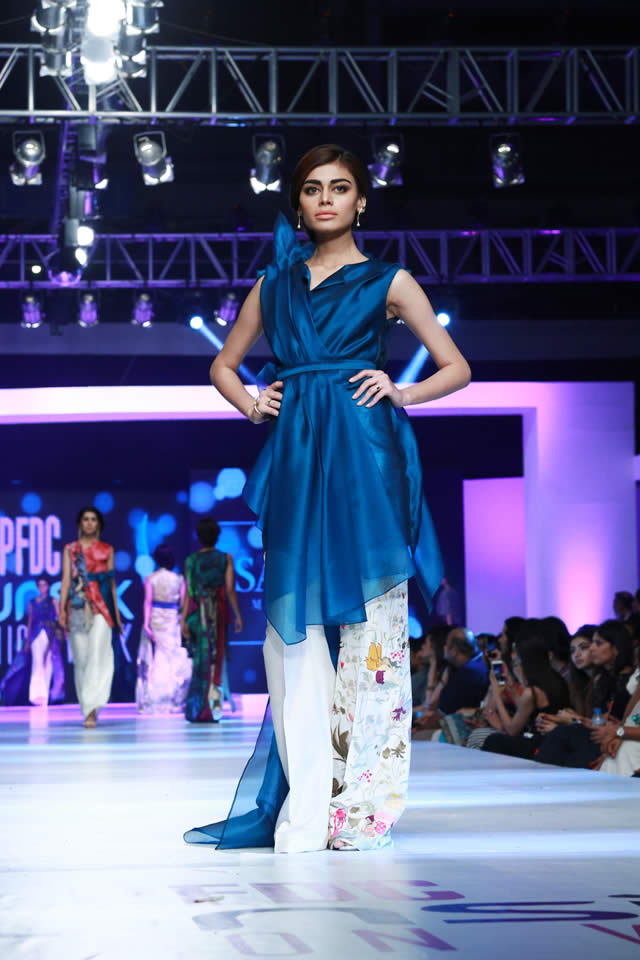 sania maskatiya paristan collection at sunslik fashion week 2015 (1)