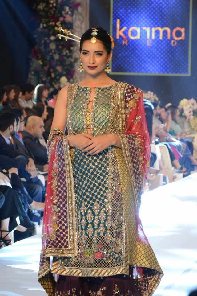 Karma Red Collection at PFDC L'Oréal Paris Bridal Week 2015 (1)