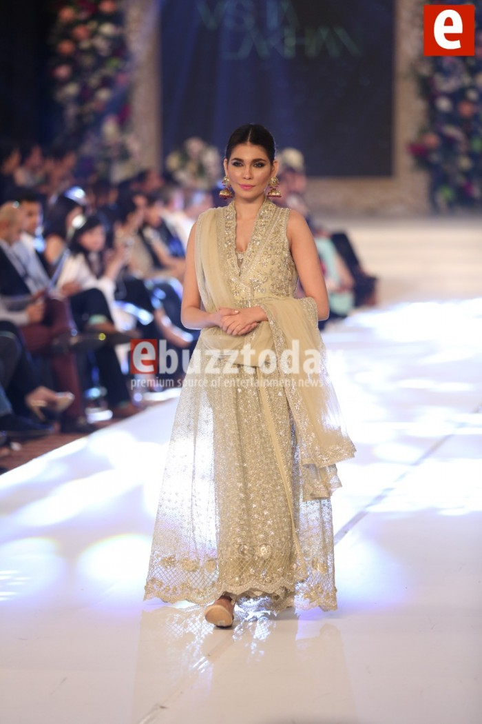 Misha Lakhani Latest Bridal Wedding Dresses Collection 2015-2016 (1)