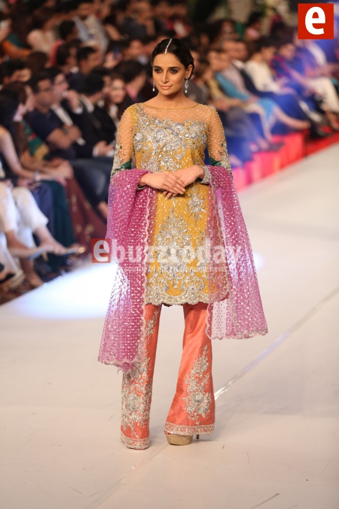 Nomi Ansari Bridal Collection at PFDC L'Oréal Paris Bridal Week (1)