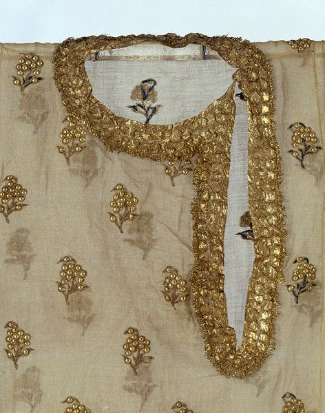 Embroidered Fancy Gala Neckline Designs (1)