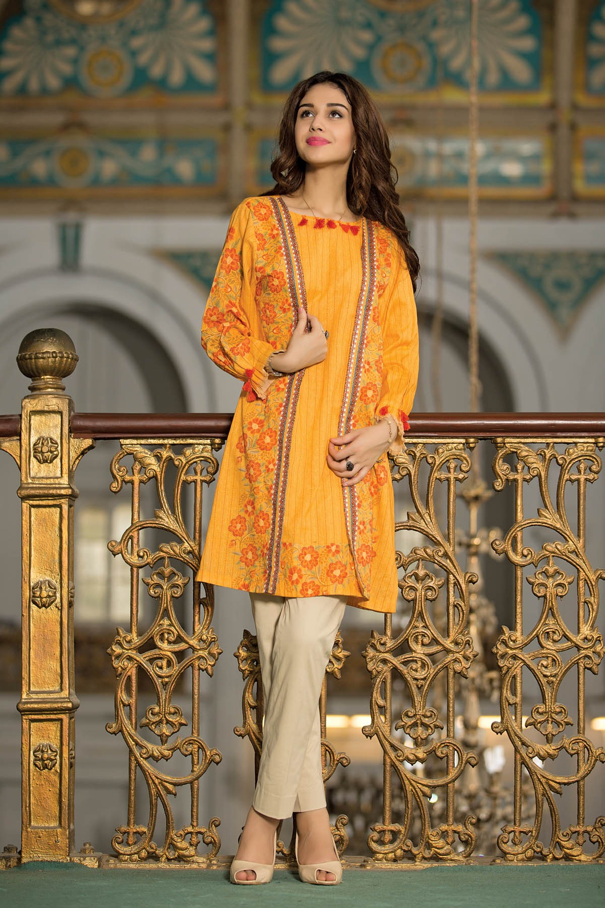 kayersia-winds-of-winter-dresses-collection-2016-pret-suits
