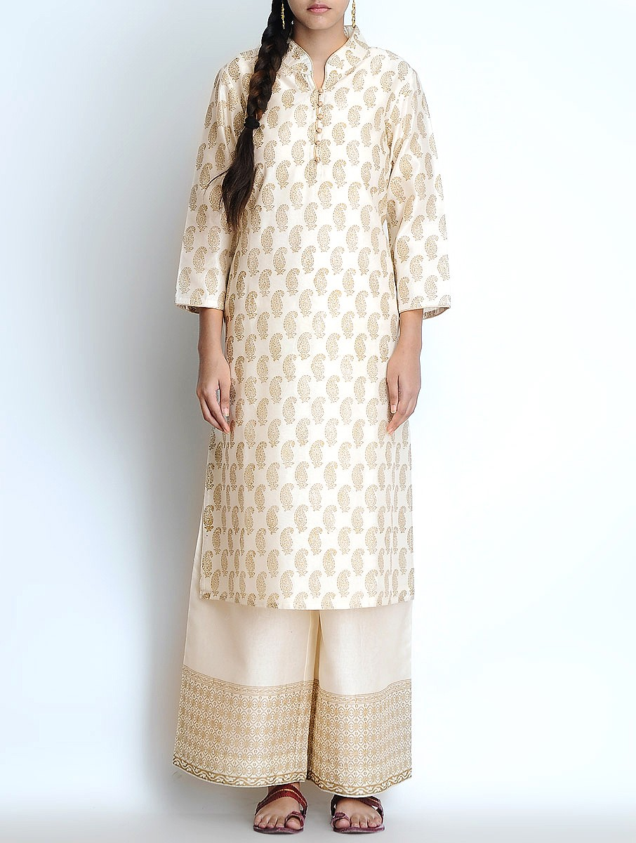 Shirt design kurti - These Kurtis And Shirts Are Ideal For Pakistani And Indian Women Have A Look At The Image Posted Below And Get Selec Your Heart Favorite Design Piece