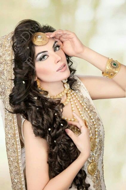 Hairstyle Wedding : Latest Pakistani Bridal Wedding Hairstyles 2016-2017