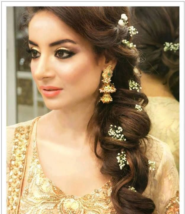 Hairstyles Pakistani Waleema: Latest Pakistani Bridal Wedding Hairstyles Trends 2018