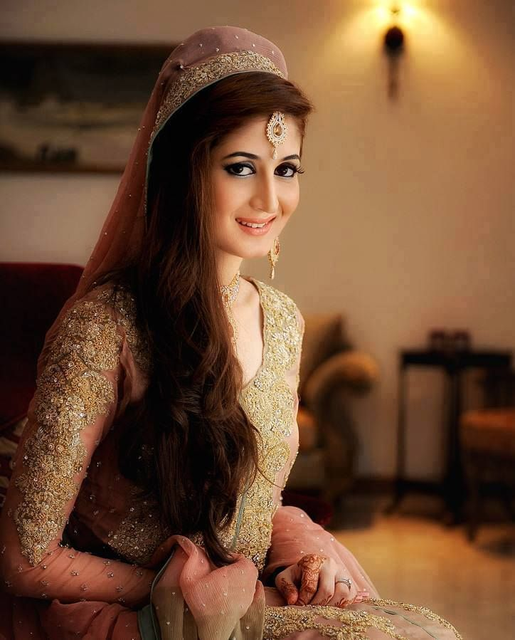 27 Gorgeous Wedding Hairstyles For Long Hair For 2020: Latest Pakistani Bridal Wedding Hairstyles Trends 2020